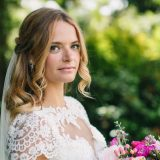 Bridal Hairstyles that match your Wedding Dress?