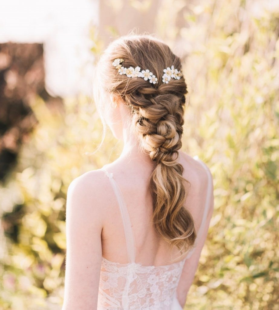 This beautiful chunky knitted plait is created by Make Me Bridal Pro Artist Melissa Clare. Photography by Lucie Watson. Accessory by Atelier Wilde