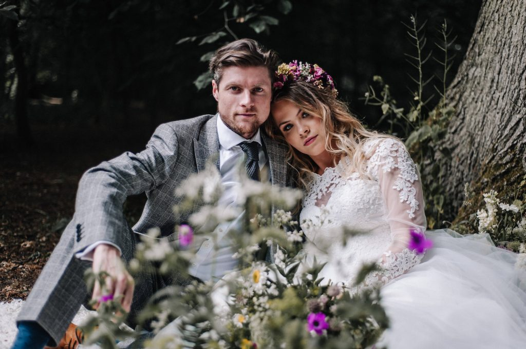 woodland-boho-bride-and-groom