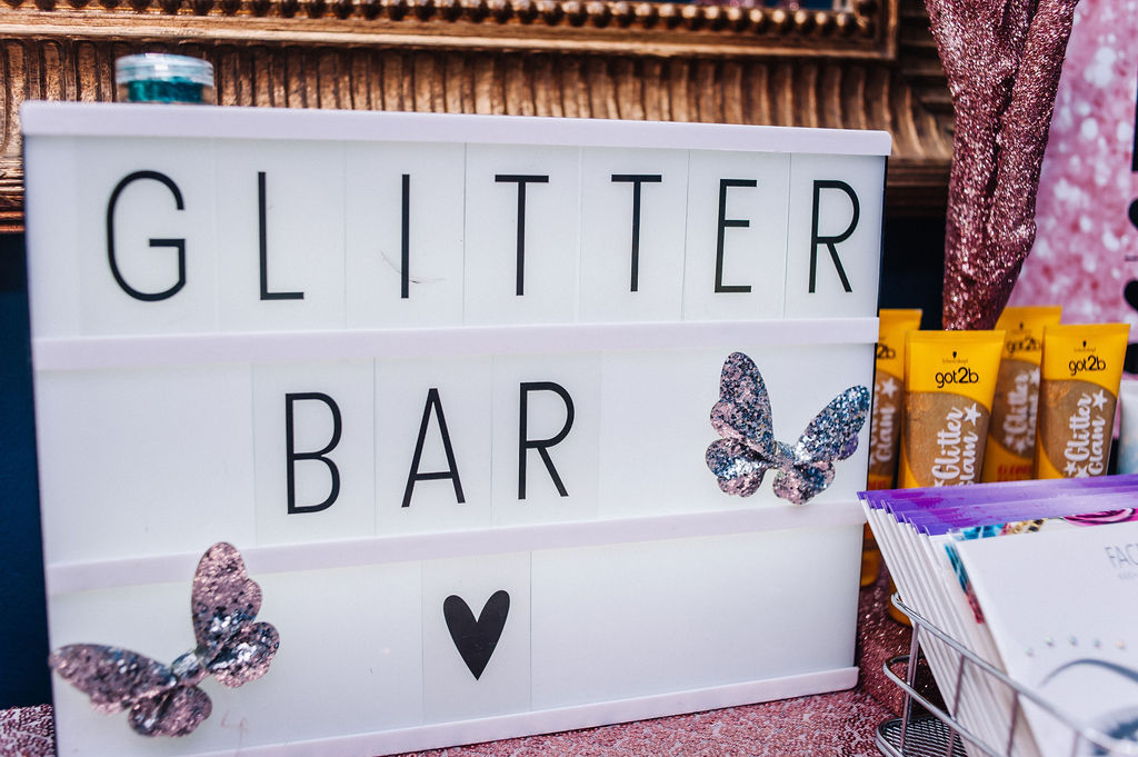 popup-glitter-bar-sign