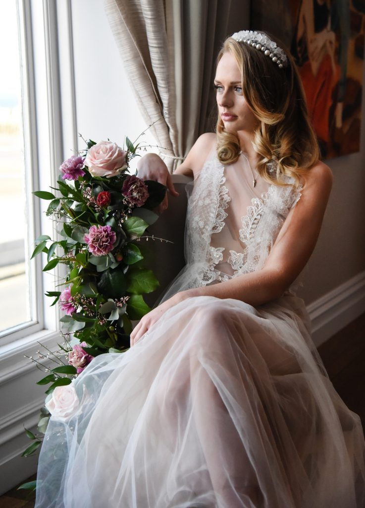 lace-and-tulle-wedding-dress