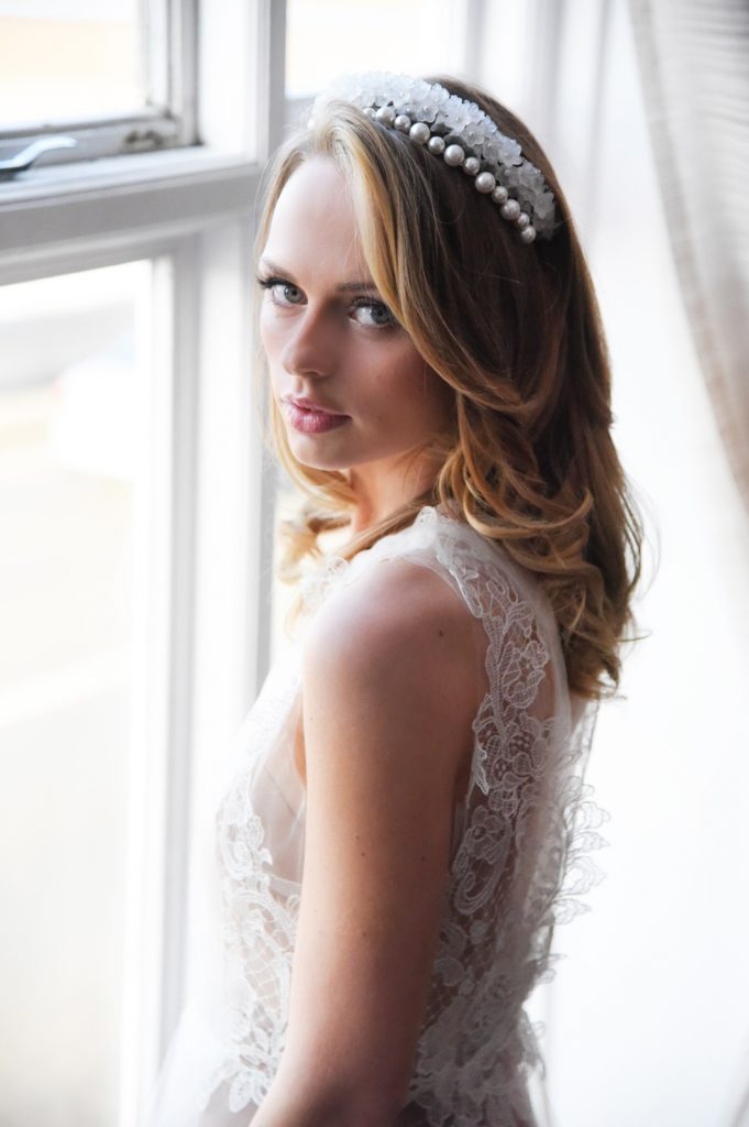 pearl-and-lace-hairband-bridal-hair