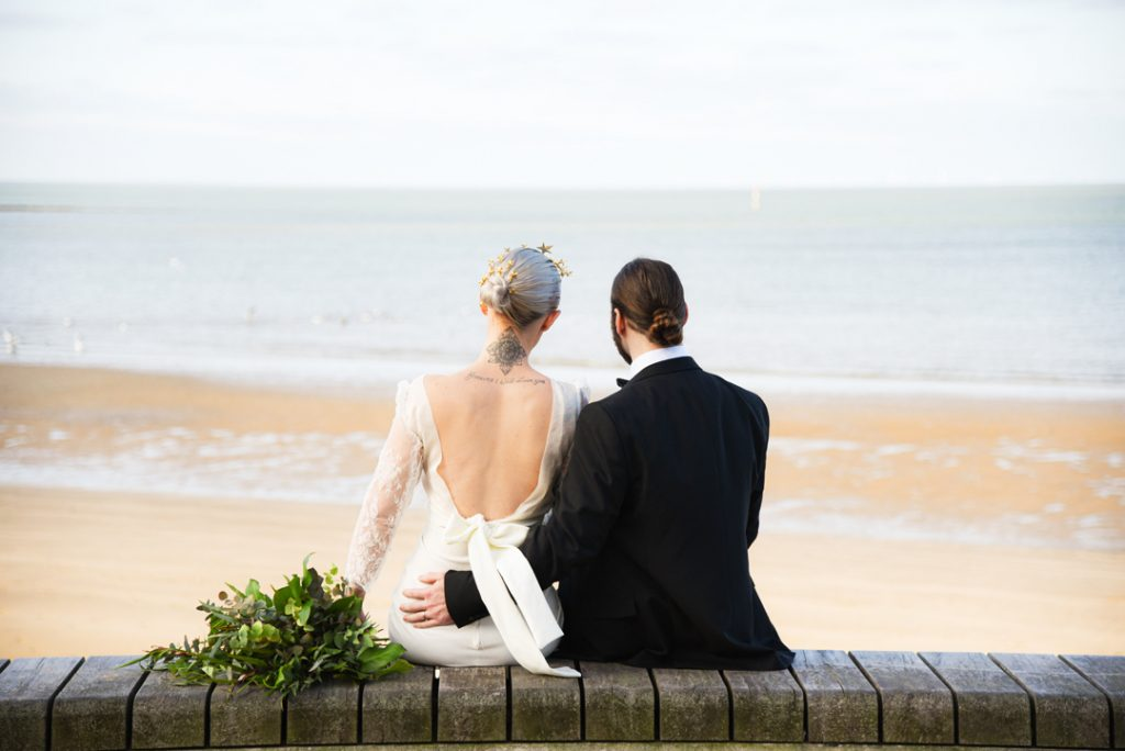 bride-and-groom-on-margate-beach-kent