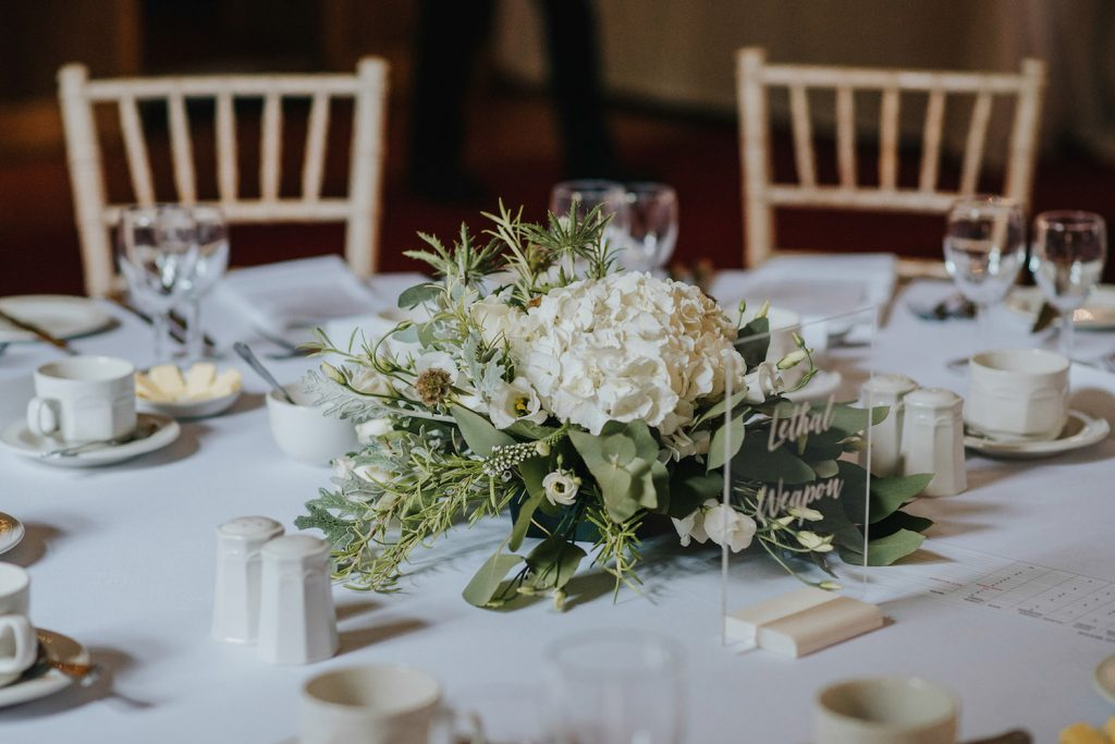 scottish-castle-wedding-table-décor