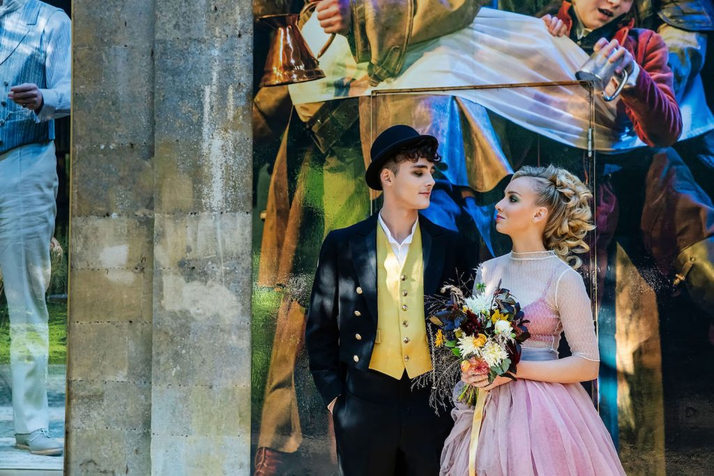 theatrical-styled-shoot-inspired-by-romeo-juliet