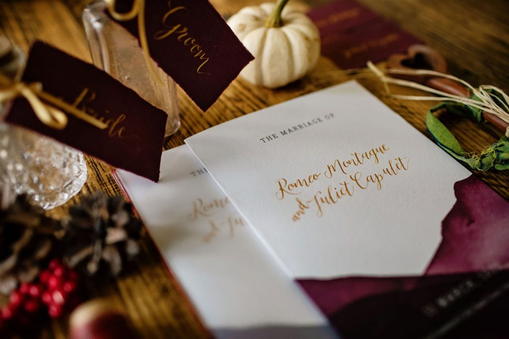 romeo-and-juliet-wedding-invitations-watercolour-wash