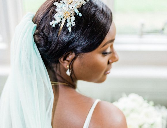 An Elegant Mint & Gold Styled Shoot