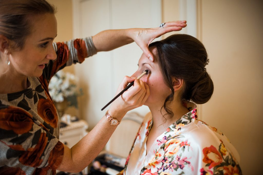 positiveyly-peachy-makeup-for-bride