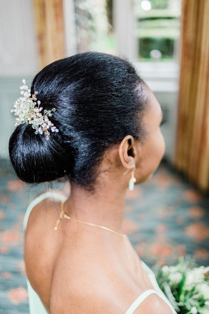 bridesmaid-with-updo-and-crystal-hairpiece