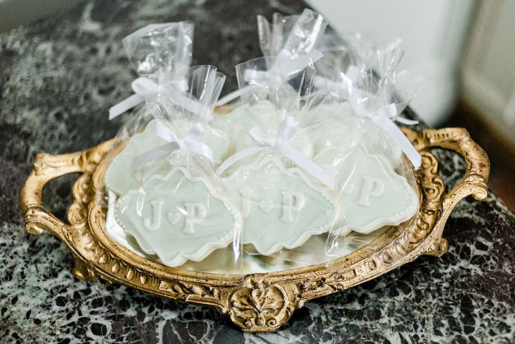 mint-monogram-wedding-cookies