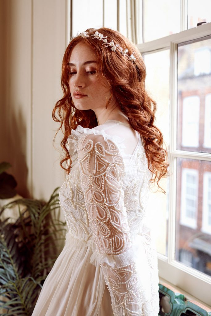 bridal-hair-loose-waves-crown-hairpiece
