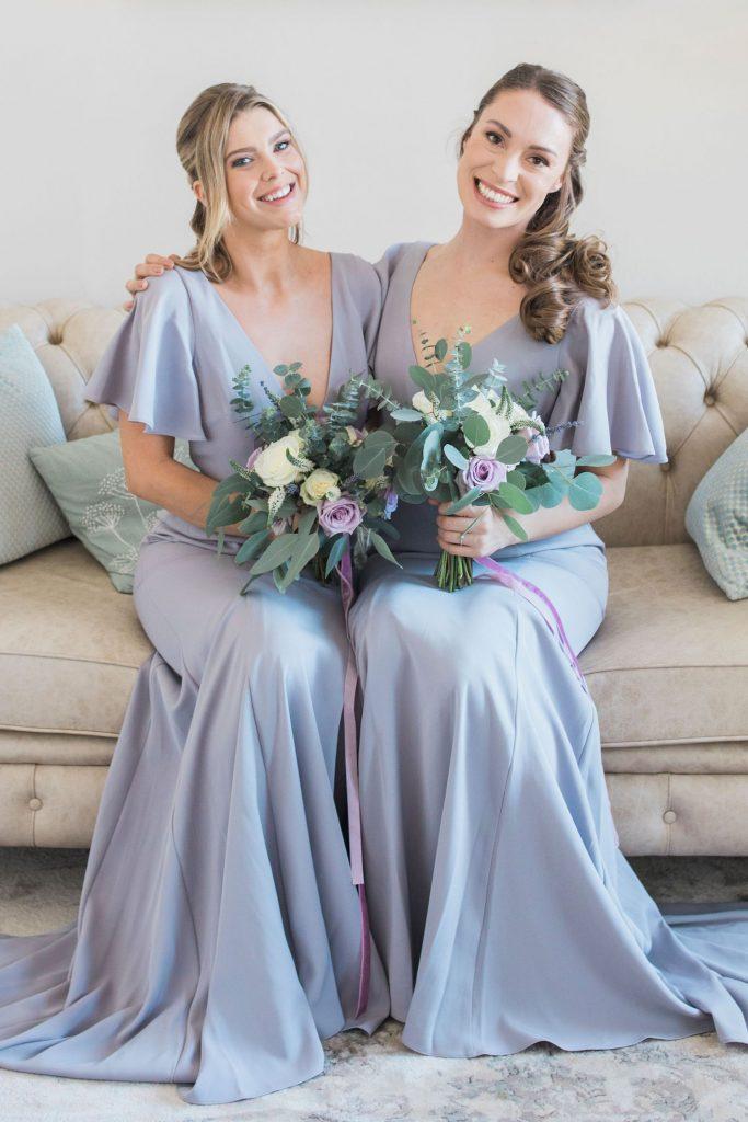 bridesmaids-in-lavender