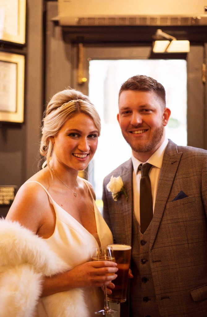 pub-champagne-wedding-reception-the-phene
