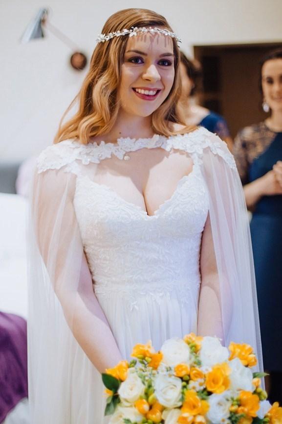 boho luxe winter bride