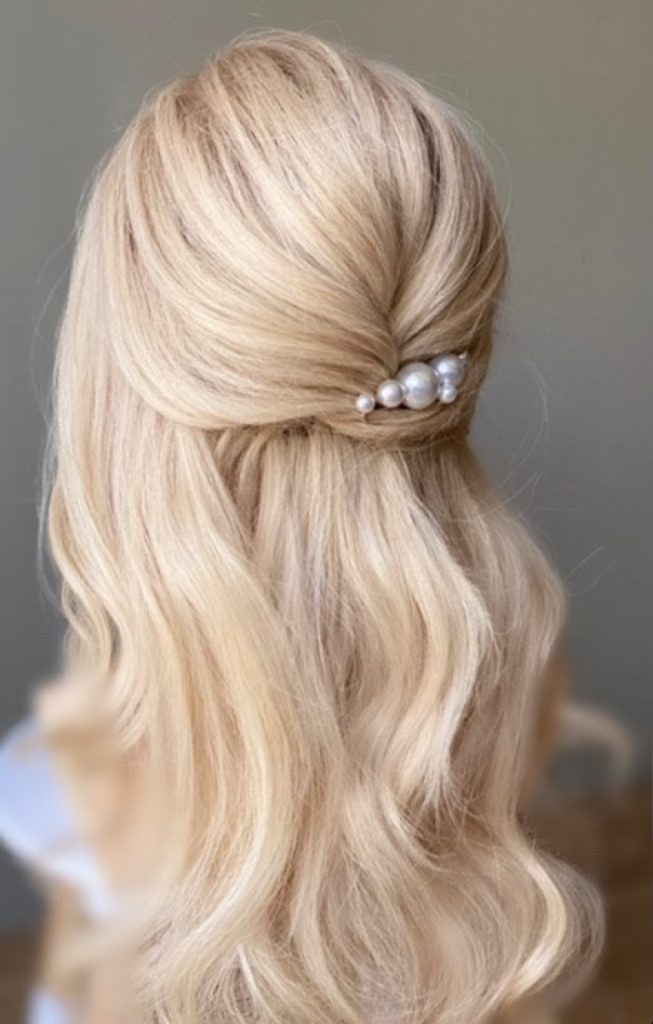 simple wedding hairstyle half up half down