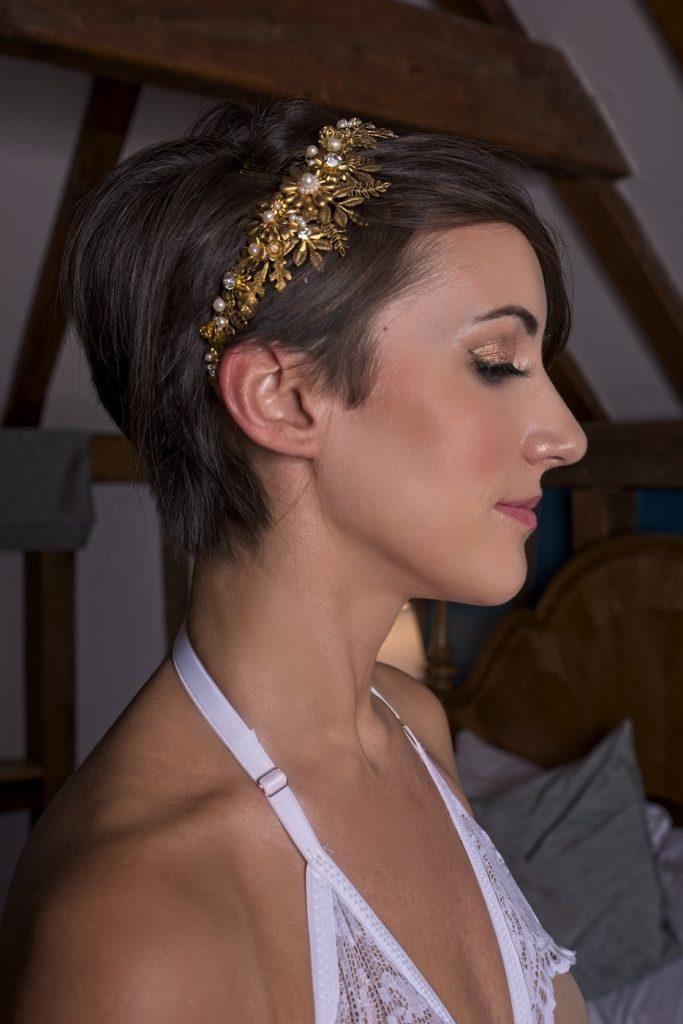short bridal hairstyle pixie statement hairpiece
