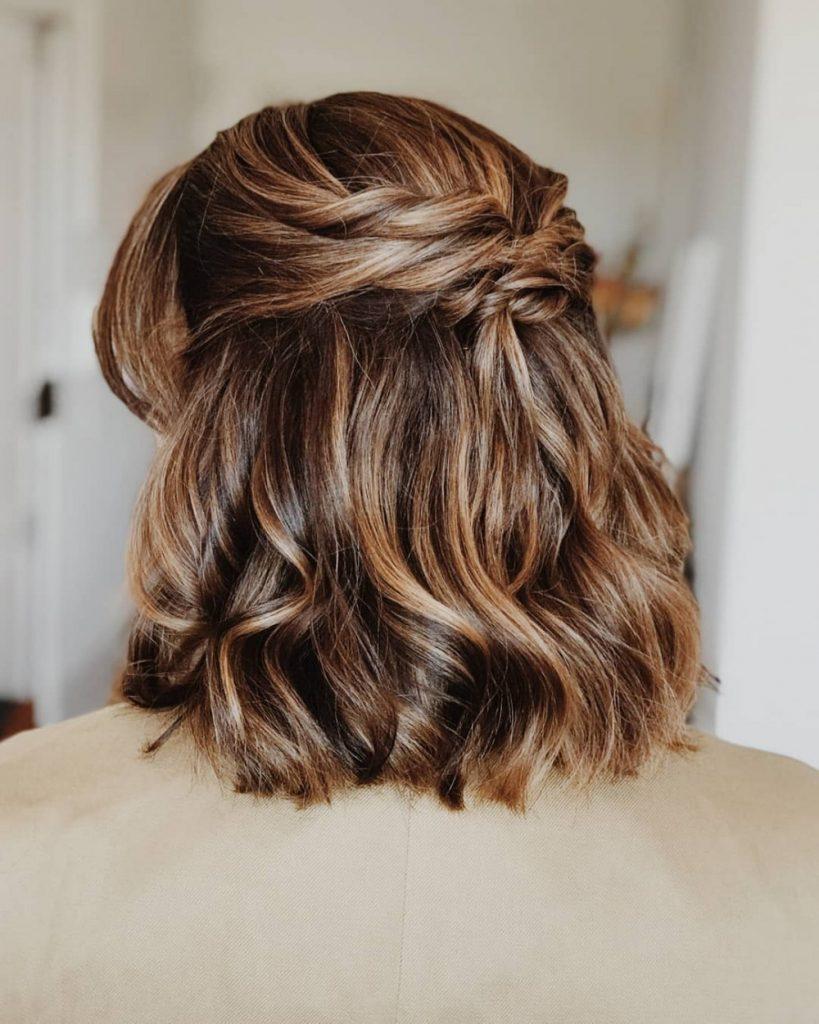 short bridal hairstyle half up half down