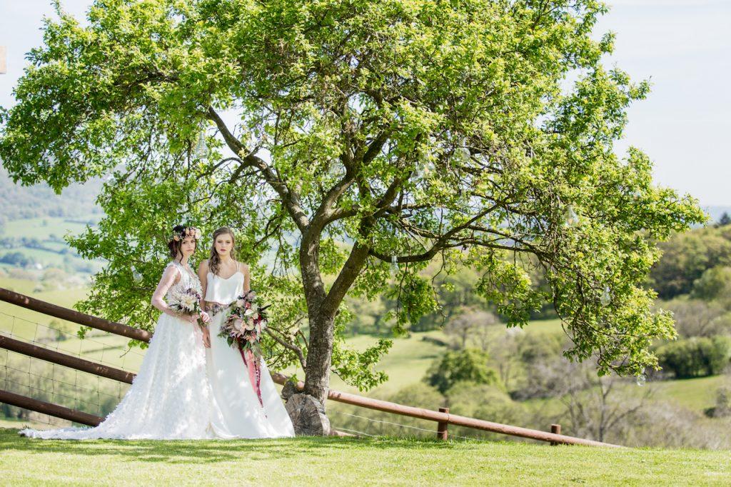 sugar loaf barn wedding field