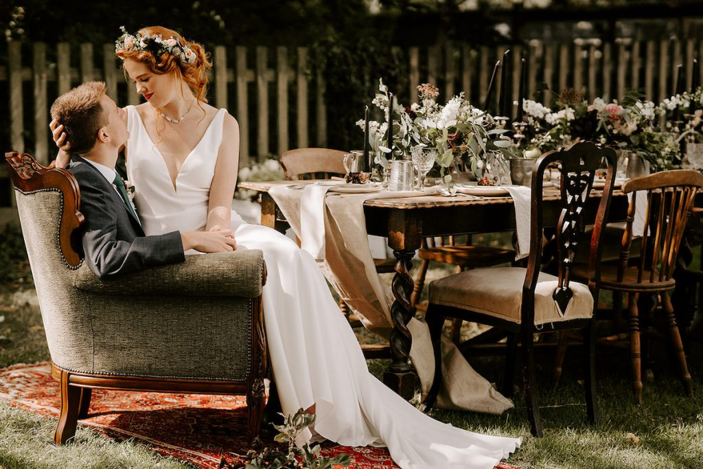 English orchard wedding table