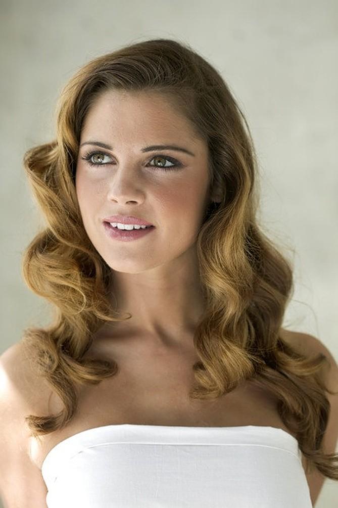 Hollywood waves bridal hair trend
