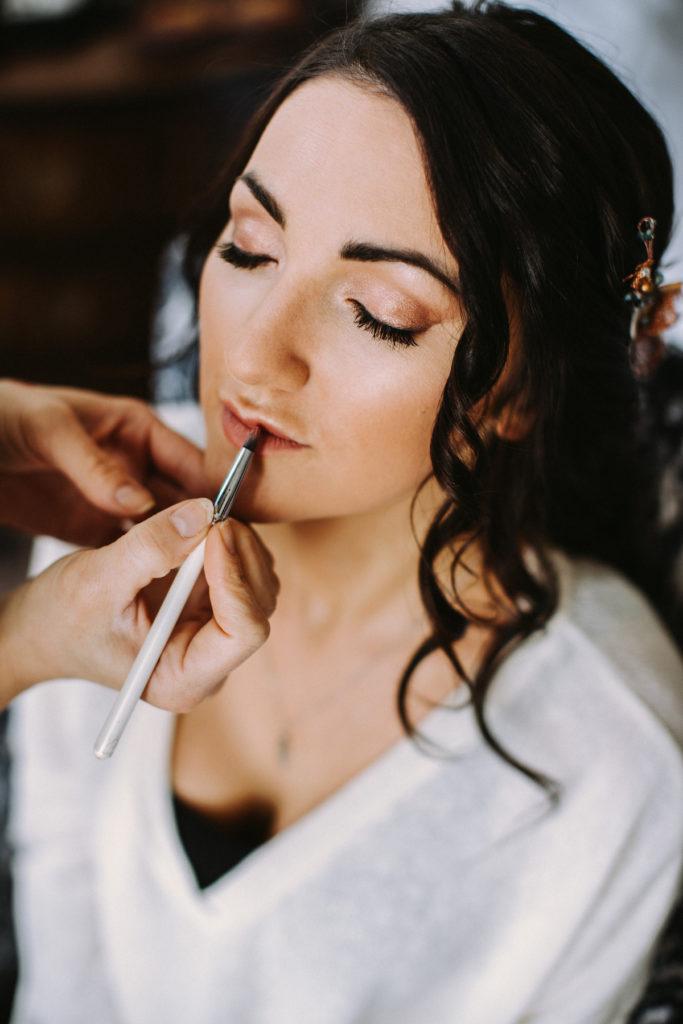 Peach and beige natural boho bridal makeup
