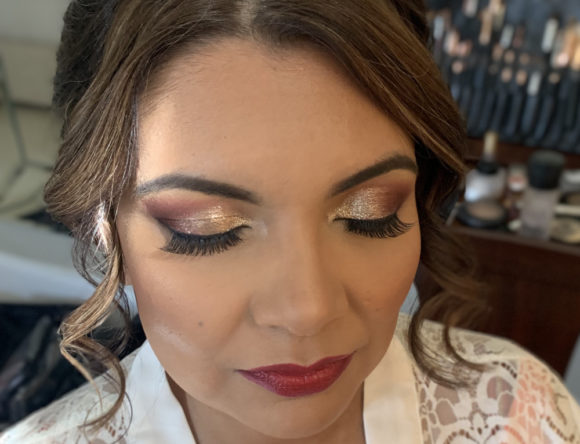 How to Wear Shimmer Eye Makeup on Your Wedding Day